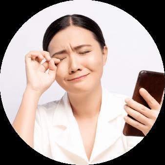 テレワークをした場合、自分の携帯電話を使うの?電話代は?電話番号もお客様に伝わるのは困ると思っている女性社員